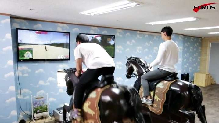 Fortis Horse Riding Simulator Offers a Variety of Options for Training and Therapy